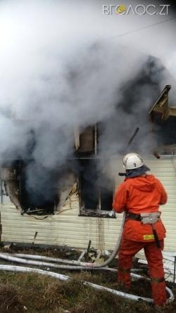Під Бердичевом через обігрівач згорів будинок. Власник оселі – у реанімації