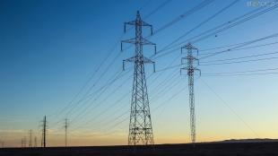 Через шквальний вітер 44 населених пункти на Житомирщині залишилися без електрики