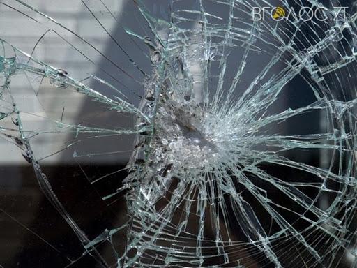 Житомирщина: хлопець напав з ножем на 80-річного дідуся і забрав останні 116 грн