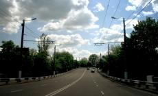 Поліція з'ясовує обставини ДТП на Чуднівській, де зіткнулися бетонозмішувач та тролейбус