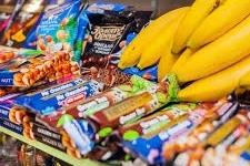 Інфікований 57-річний житель Малина є власником продуктового магазину