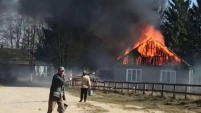 У Ємільчинському районі палили суху траву, а спалили сільраду