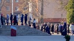 Попри карантин та загрозу інфікуватися… житомиряни пішли до церкви на свято