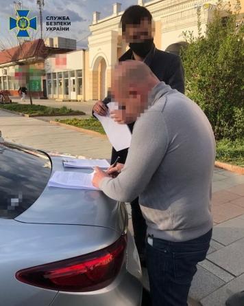 Екс-депутат міськради організував мільйонні махінації з розмитненням іноземних авто