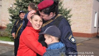З Донеччини повернувся загін житомирських поліцейських, які три місяці несли там службу