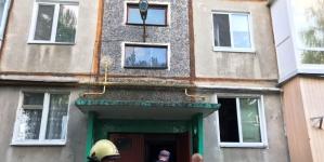 Пожежа у житомирській п'ятиповерхівці: вогнеборці знайшли тіло бабусі
