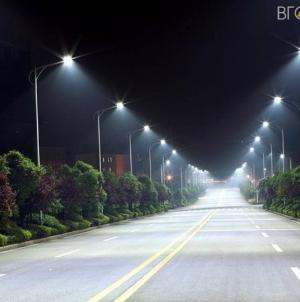 Переваг та недоліки консольних світильників