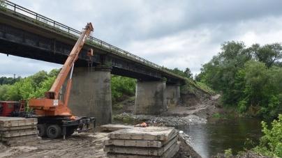 До кінця року закриють рух мостом у Новоград-Волинському районі