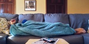 Який диван краще вибрати для щоденного сну