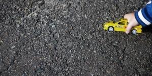 На півночі області іномарка збила 4-річного хлопчика, який вискочив на дорогу