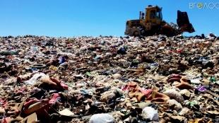 За утримання житомирського сміттєзвалища комунальники заплатять майже 2 мільйона