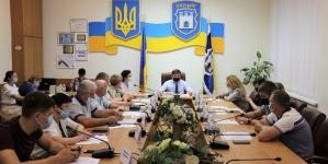 Житомирська міськрада дозволить області встановити «туристичну» стелу на майдані Корольова