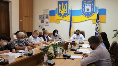 Виконком Житомирської міськради доповнить перелік громадських робіт через карантин