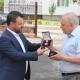 Директор перинатального центру Юрій Вайсберг отримав найвищу нагороду облради та пішов на заслужений відпочинок