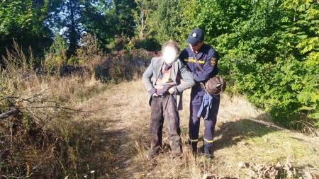 В Андрушівці в ямі знайшли жінку, яка впала туди і всю ніч не могла з неї вибратися