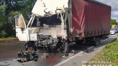 Зранку у жахливій ДТП загинув 28-річний водій фури. Ще двоє людей отримали травми
