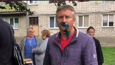На Крошні облили зеленкою депутата міської ради Тичину