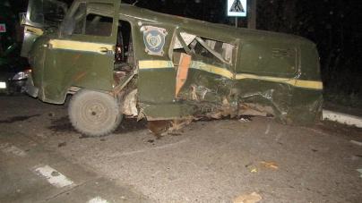 У Коростені позашляховик протаранив автомобіль Укрпошти. Є травмовані
