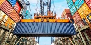 Переваги морських контейнерних перевезень