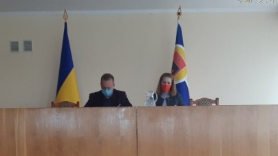 Коростишівська мерія просить райраду передати їй 9 комунальних підприємств