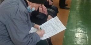 Виборці Житомирщини голосують на підвіконнях, столах та лавках, – ОПОРА