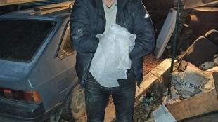 У Житомирі клієнт побив масажистку, а коли та втратила свідомість – виніс з квартири гроші та речі