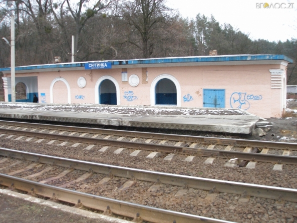Чоловік із Житомирської області на залізничній станції зґвалтував 18-річну дівчину