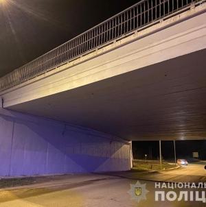 """У Коростишеві п'яний чоловік """"замінував"""" міст"""