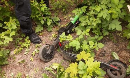 Житомирські ТОРівці затримали викрадача прокатного самокату
