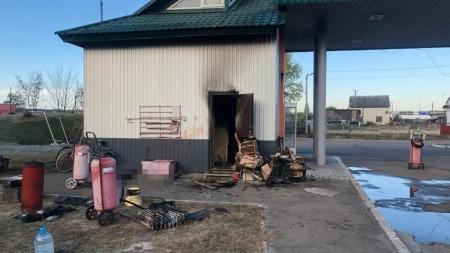На колишній АЗС на виїзді з Житомирщини виявили тіло чоловіка